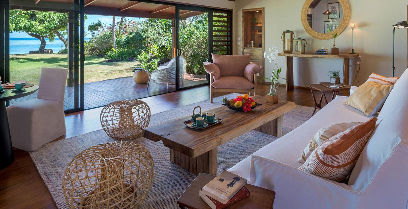 Room: Ocean View Bure